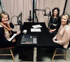 Hyvin johdettu -podcastissa puhutaan vastuullisesta johtamisesta